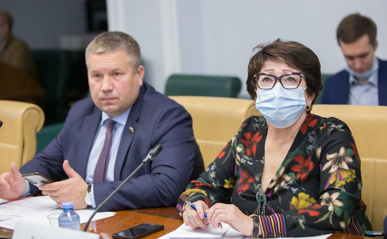 Сенатор Людмила ТАЛАБАЕВА напомнила о важности для предприятий стабильных правил. Фото пресс-службы СФ