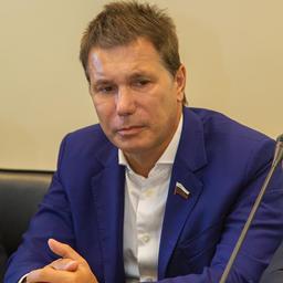 Член комитета Совета Федерации по аграрно-продовольственной политике и природопользованию Игорь ЗУБАРЕВ
